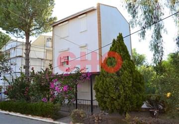 Didim Zonguldaklılar Sitesinde Tripleks Müstakil 3+1 Villa