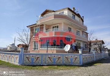Konya Meram 2 Katlı Müstakil Bahçeli ev