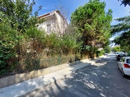 DNZ A.Ş. Kemerburgaz Kemer Evleri Sitesi Bahçeli Villa 6+2